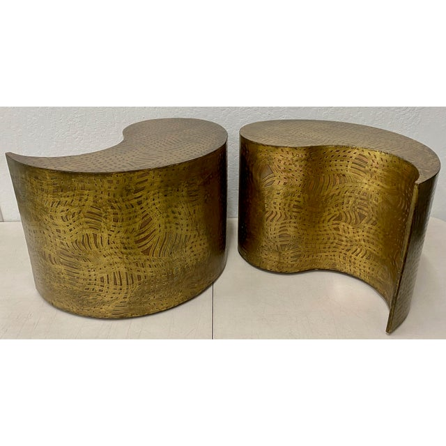 """Pair of Pilino Parker Etched Bronze """"Yin Yang"""" Nesting Side Tables C.1988 For Sale - Image 4 of 12"""