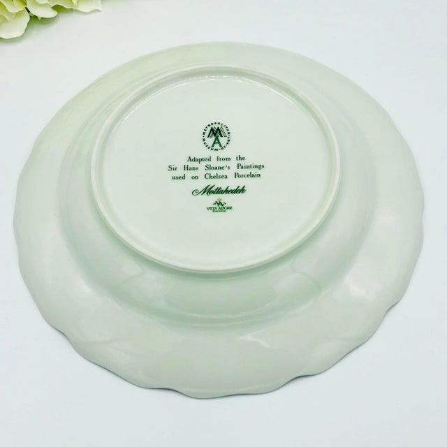 White Mottahedeh Chelsea Botanical Vista Alegre Dinner Plates - Set of 4 For Sale - Image 8 of 12