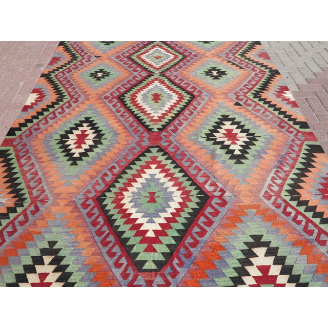 "Vintage Handwoven Turkish Kilim Rug - 6'4"" x 9'6"" - Image 3 of 8"