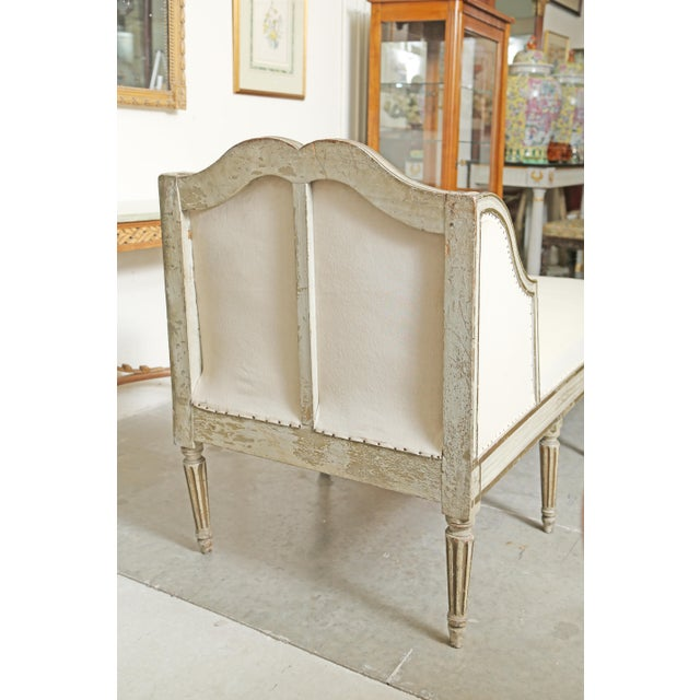 Louis XVI Chaise in Original Paint For Sale - Image 4 of 9