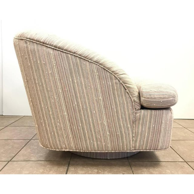 Directional Pair of Swivel Lounge Chairs by Directional For Sale - Image 4 of 6