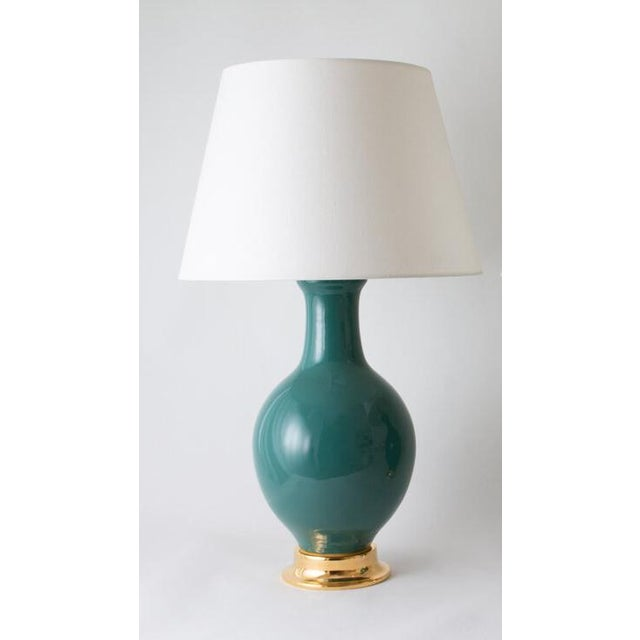 "Contemporary Paul Schneider Ceramic ""Presidio"" Lamp in Glossy Glaze For Sale - Image 3 of 3"