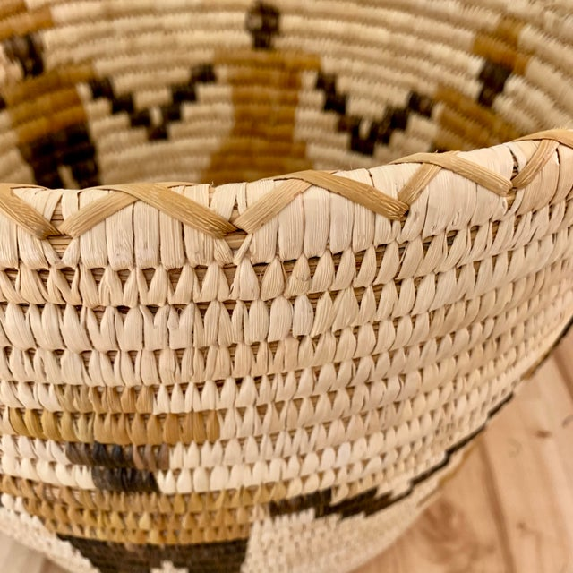 Authentic Vintage Native American Tohono O'Odham Woven Basket For Sale In Sacramento - Image 6 of 10
