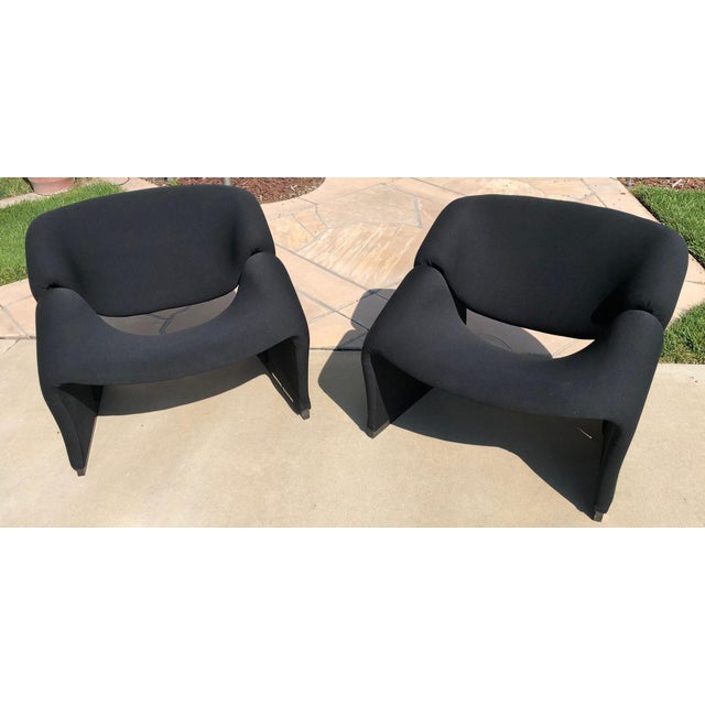 1960s Mid Century Pierre Paulin Model F580 Chairs- A Pair For Sale - Image 5 of 5