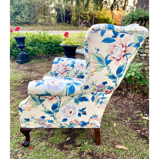 English Large Scale English Wingback Chair in Peony Chintz For Sale - Image 3 of 13