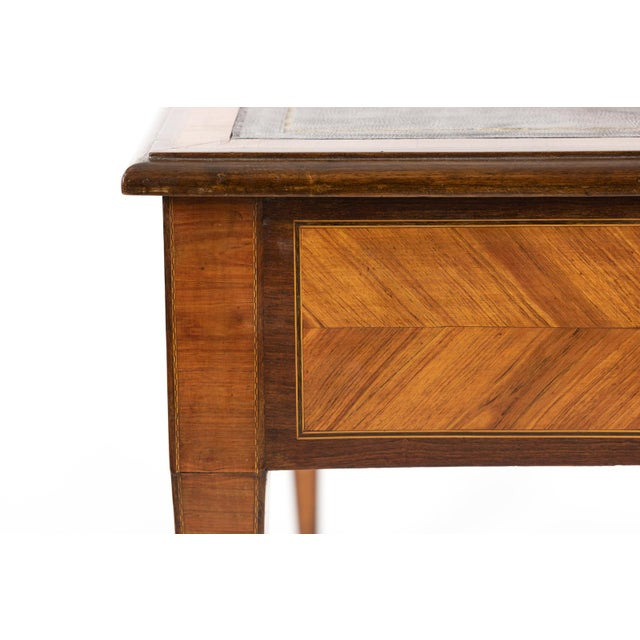 1870s French Tulipwood and Kingwood Bureau Plat With Embossed Black Leather Top For Sale - Image 10 of 13