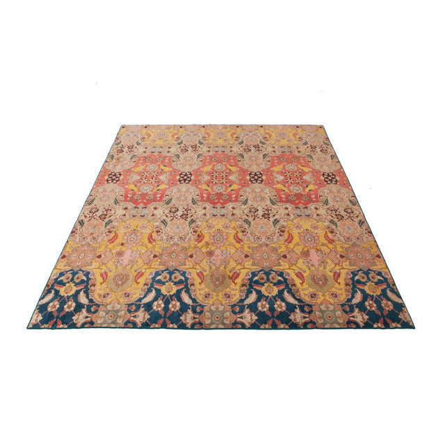 Agra Carpet in Wool & Silk For Sale - Image 9 of 11