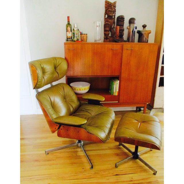 Frank Doerner Mid-Century Modern Chair & Ottoman Set Selig Plycraft Style - Image 4 of 11