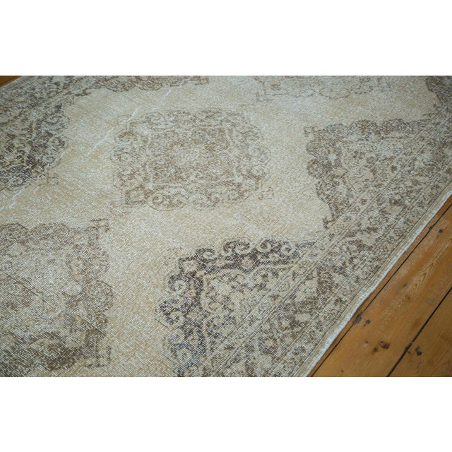 """Distressed Sparta Runner - 4'11"""" X 13'6"""" - Image 4 of 7"""