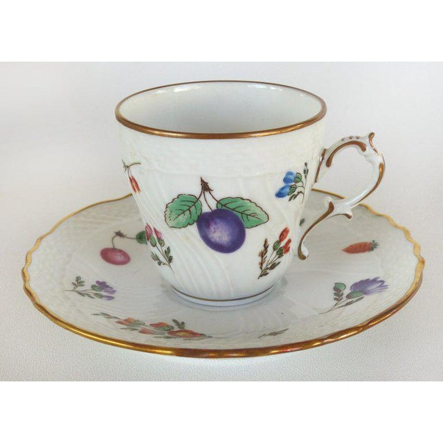 """Traditional Richard Ginori (Italy) """"Perugia"""" Lidded Sugar Bowl, Creamer, Cups and Saucers For Sale - Image 3 of 7"""