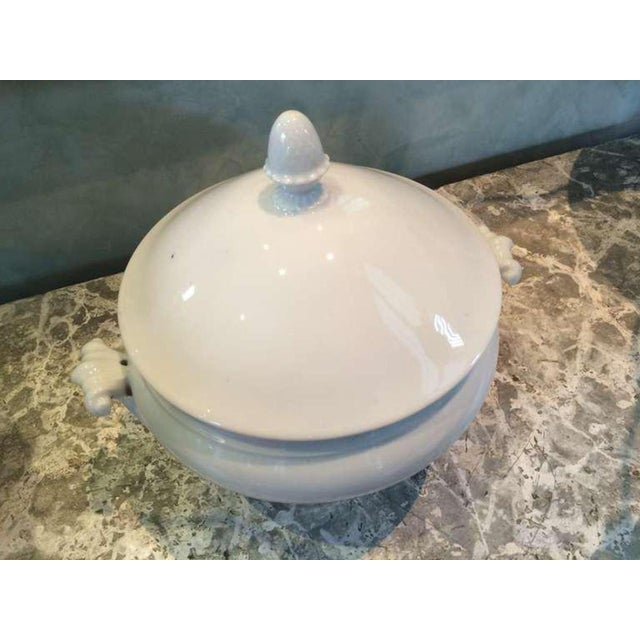 French 19th Century Acanthus Handled French Tureen with Lid For Sale - Image 3 of 3