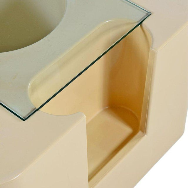 """Mid-Century Modern """"Bacco"""" Rolling Bar Cart by Sergio Mazza for Artemide 1960s Pop Plastic For Sale - Image 3 of 6"""