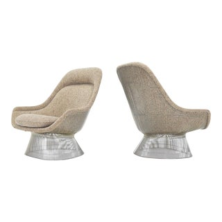 1980s Warren Platner for Knoll Lounge Chairs in Beige Tan Wool Tweed - a Pair For Sale