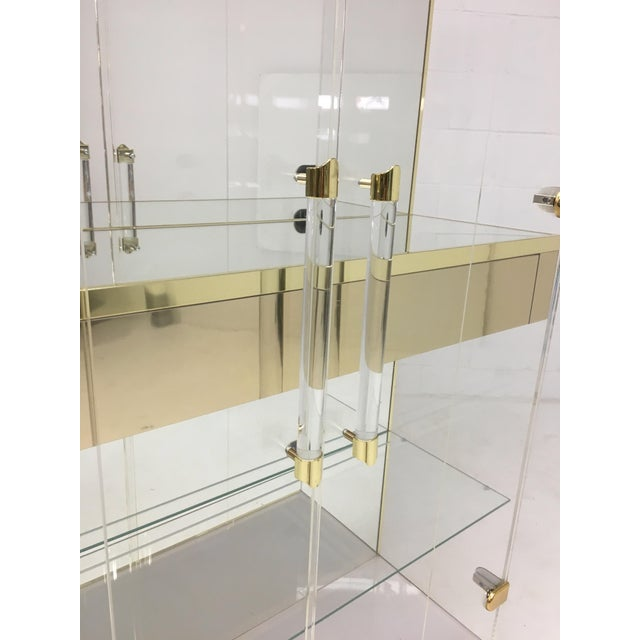 Mid-Century Modern Mid Century Lucite and Brass Display Cabinet With Drawer For Sale - Image 3 of 7