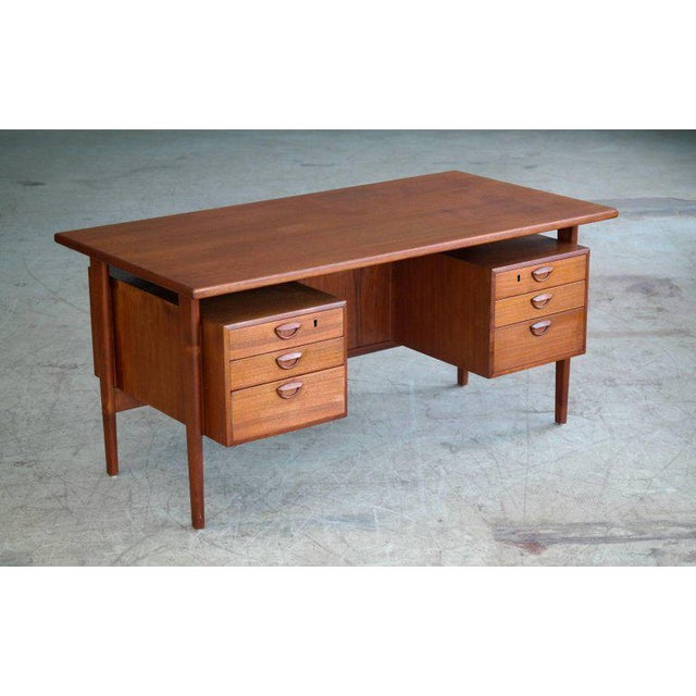 Executive Teak Desk Model FM 60 by Kai Kristiansen for Feldballes Møbelfabrik For Sale - Image 10 of 10