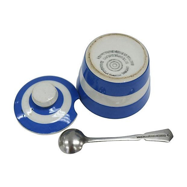 Vintage English Cornishware Mustard Pot with Spoon - Image 3 of 3