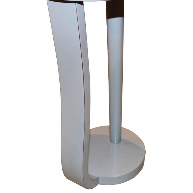 2000 - 2009 Contemporary Round Gray Cocktail Table For Sale - Image 5 of 7