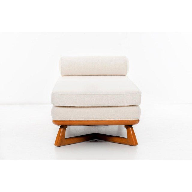 Paul Laszlo Chaise For Sale In New York - Image 6 of 9