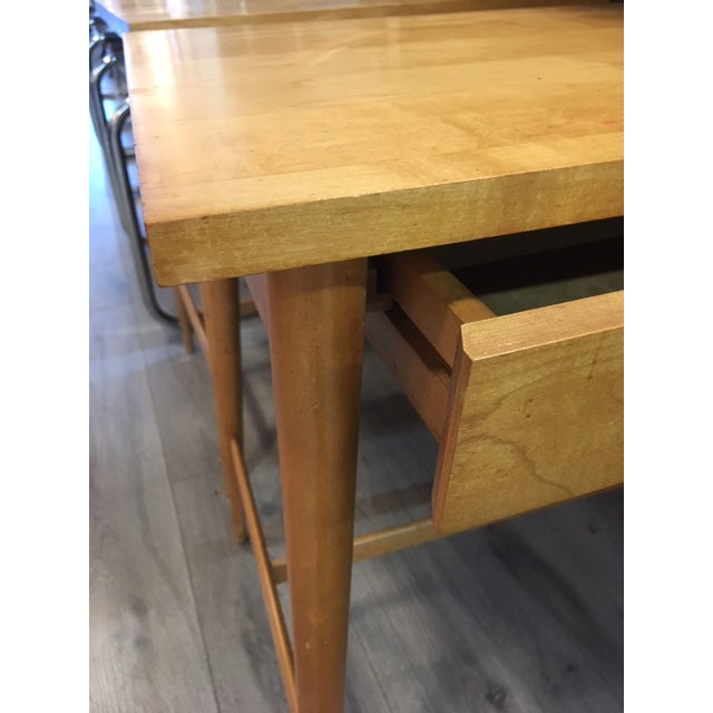Tan Paul McCobb Planner Group / Winchendon Maple Nightstands For Sale - Image 8 of 9