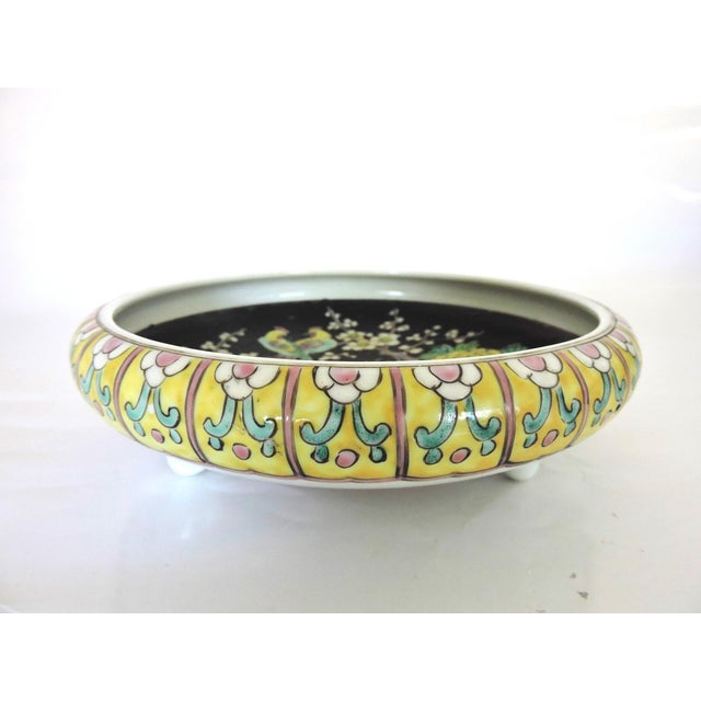 Asian Antique Export Japanese Yellow and Black Chrysanthemum Porcelain Bowl For Sale - Image 3 of 6