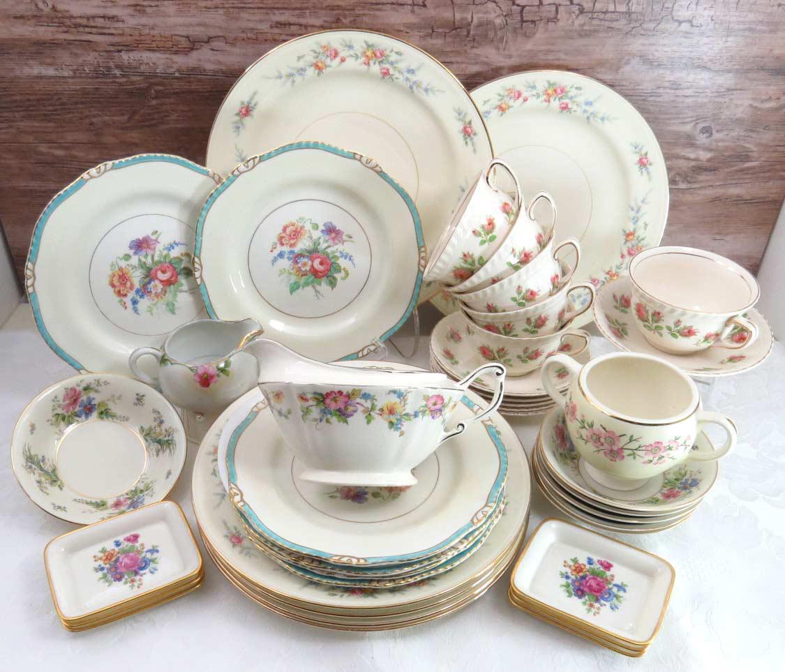 Vintage Mismatched Dinnerware Set Service for 6 - Image 2 of 11  sc 1 st  Chairish & Vintage Mismatched Dinnerware Set Service for 6 | Chairish