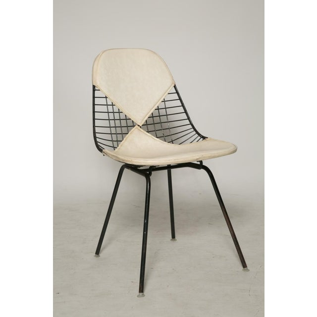 Mid-Century Modern Eames for Herman Miller Bikini Chairs - Set of 6 For Sale - Image 3 of 5