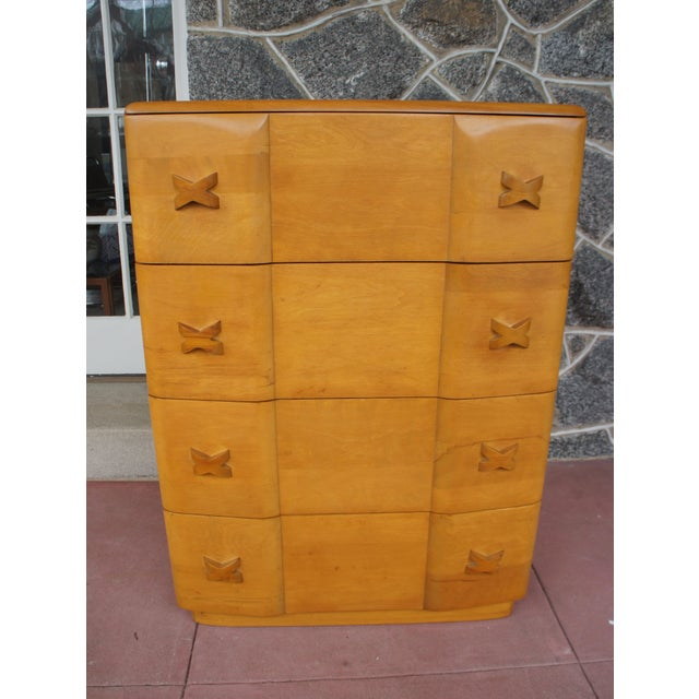 Beautiful Heywood Wakefield four drawer dresser from the Rio series. The dresser is built entirely of solid wood and is of...