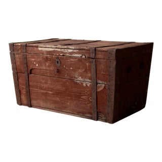 Antique Flat Top Wood Trunk For Sale