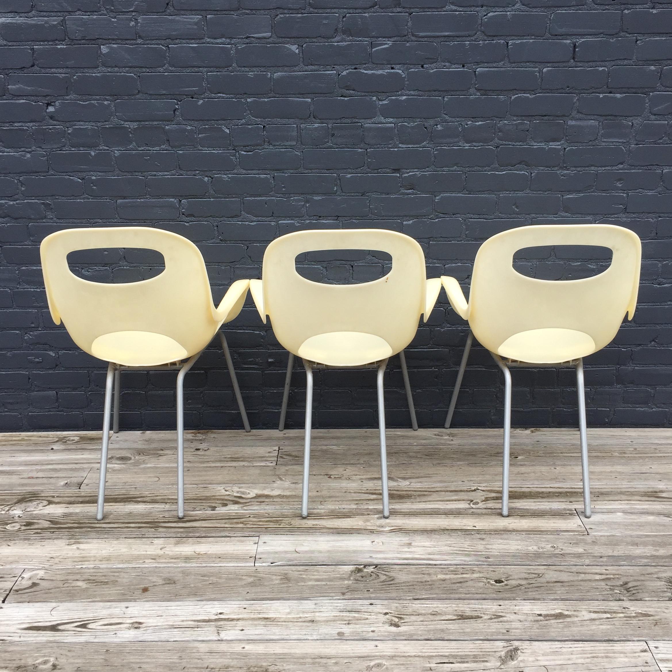 Karim Rashid Oh Chairs   Set Of 3   Image 4 Of 5