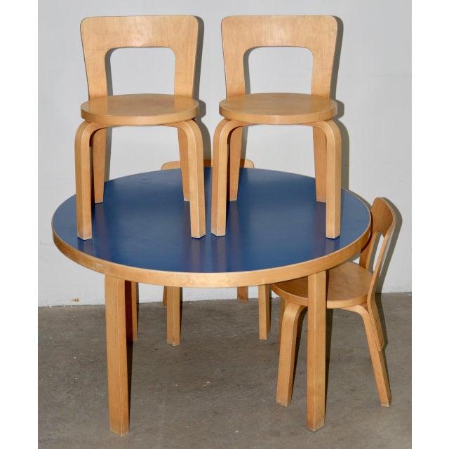 Alvar Aalto 1930s Vintage Alvar Aalto Children's Table & Chairs - Set of 4 For Sale - Image 4 of 9