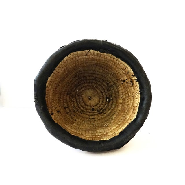 Youruba Glass Seed Beaded Basket with Houses - Image 5 of 7
