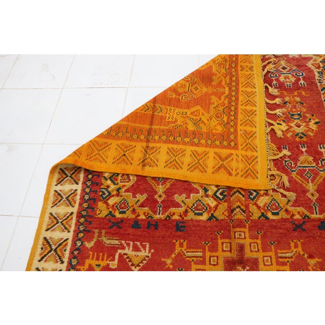 """1970s Taznakht Moroccan Rug, 5'3"""" X 10'5"""" Feet For Sale - Image 5 of 6"""