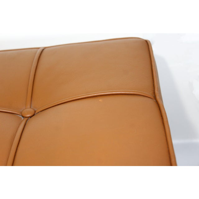 1970s Mid-Century Modern X-Long Tufted Leather Museum Bench For Sale - Image 11 of 13