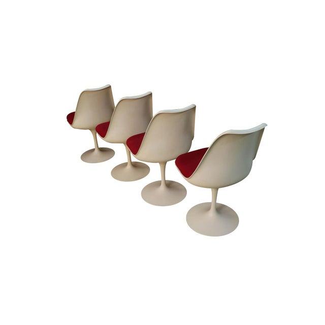 Mid-Century Modern Four Knoll Eero Saarinen Swivel Tulip Chairs For Sale - Image 3 of 12