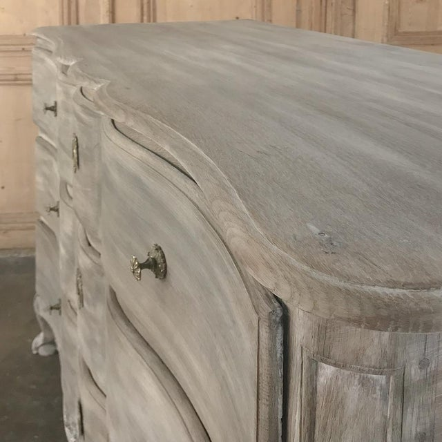18th Century Country French Whitewashed Oak Commode For Sale In Dallas - Image 6 of 13