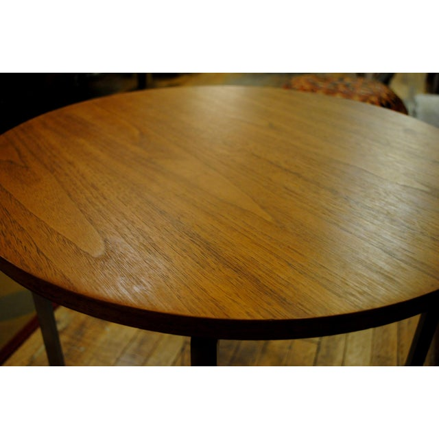 1960s Florence Knoll Mid-Century Round Side Tables - A Pair For Sale In Boston - Image 6 of 9