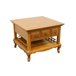 Late 20th Century Vintage Sprague & Carleton Colonial Style Maple Side Table For Sale