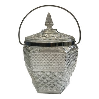 Mid Century Modern Pressed Glass Ice Bucket With Lid- Anchor Hocking Wexford Glass For Sale