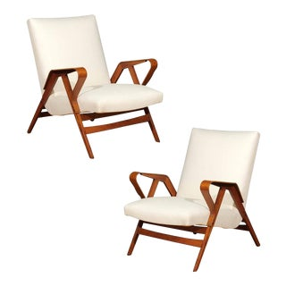 Gorgeous Pair of Restored Vintage Loungers in Maple and Mahogany For Sale