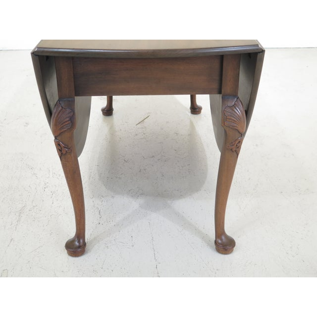 1960s 1960s Queen Anne Kittinger Colonial Williamsburg Mahogany Drop Leaf Table For Sale - Image 5 of 13
