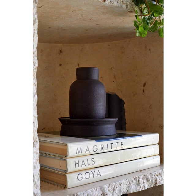 Featured in The 2020 San Francisco Decorator Showcase — Eric Vander Molen Minimal Charcoal Ceramic Vessel For Sale - Image 4 of 6