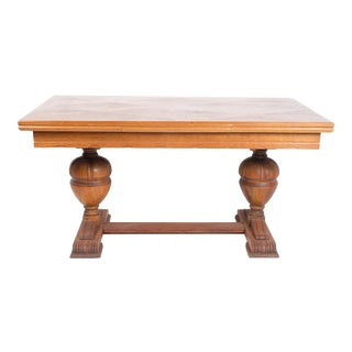 Early 20th-Century French Oak Dining Table For Sale