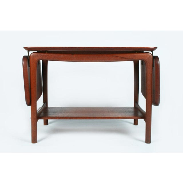 1960s Pair of Drop Leaf Side Tables by Peter Hvidt For Sale - Image 5 of 10