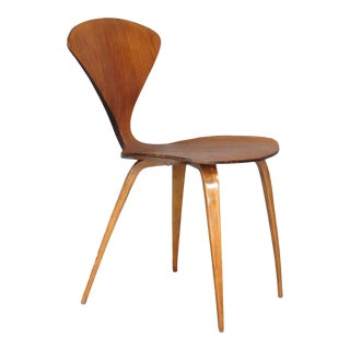 Mid-Century Modern Side Chair by Norman Cherner for Plycraft in Walnut For Sale