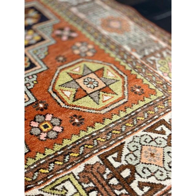 "Textile 1950's Vintage Turkish Anatolian Orange Rug-4'11x9'7"" For Sale - Image 7 of 12"