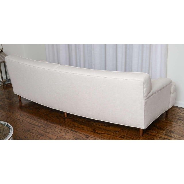 Mid-Century Modern Curved Sofa in White Fabric by Edward Wormley for Dunbar For Sale In West Palm - Image 6 of 11