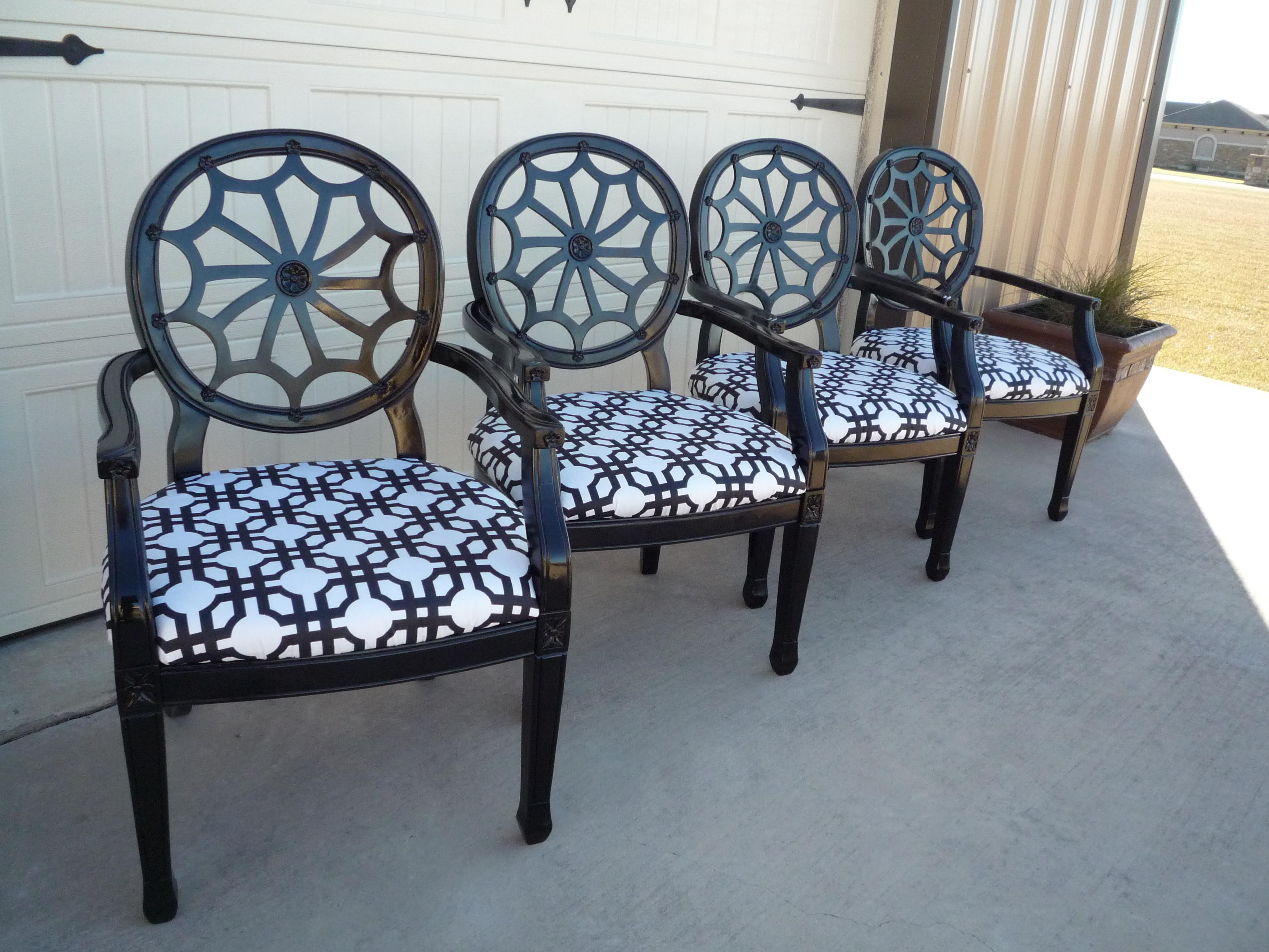 Vintage Black Lacquer Chairs   Set Of 4   Image 2 Of 7