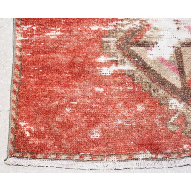 """1950s Boho Chic Brick Red and Brown Wool Kurdish Runner - 3'2""""x13'6"""" For Sale In New York - Image 6 of 7"""