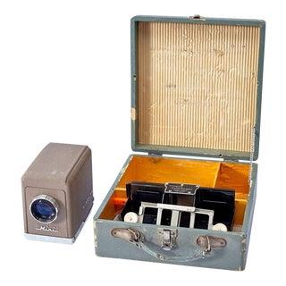 Vintage Mini Minolta Slide Projector Kit in Original Gray Wooden Case For Sale