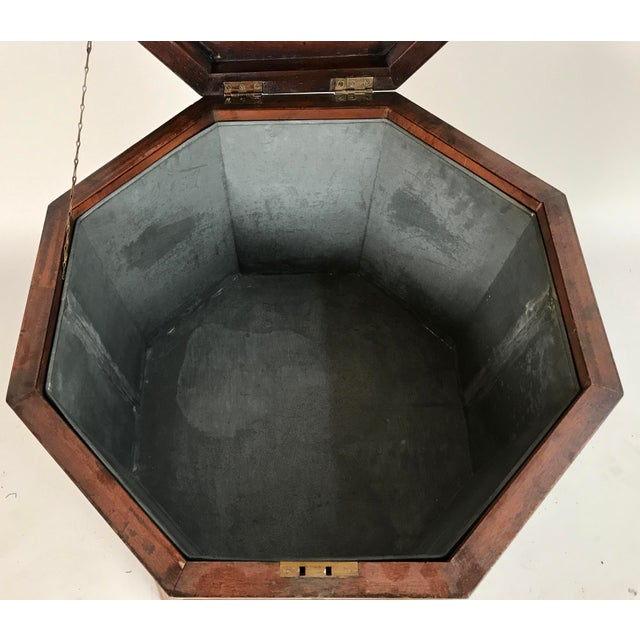 Georgian 1700s George III Mahogany and Brass Cellarette For Sale - Image 3 of 11